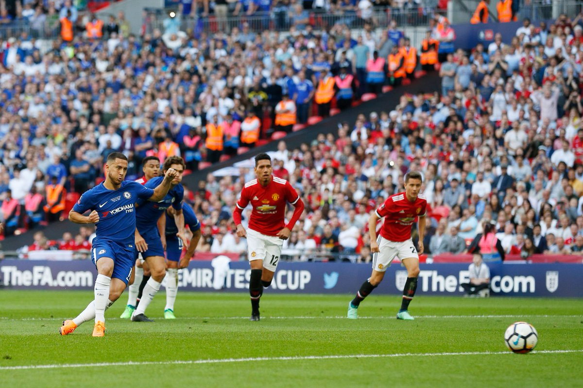 17 - Only in 14/15 (19) has Eden Hazard scored more goals in all competitions for Chelsea than in the current campaign (17). Potent. #FACupFinal