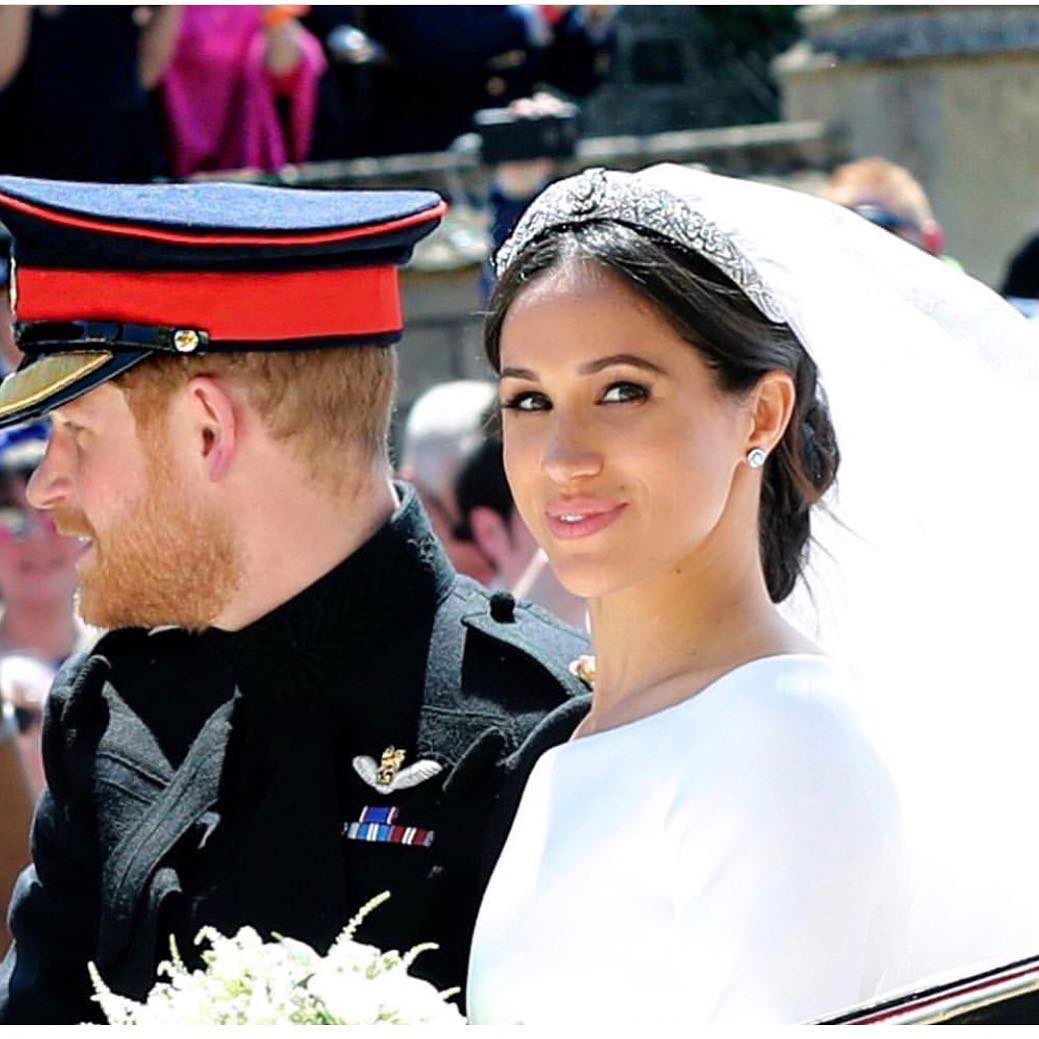 When you know your tiara is EVERYTHING. #royalwedding