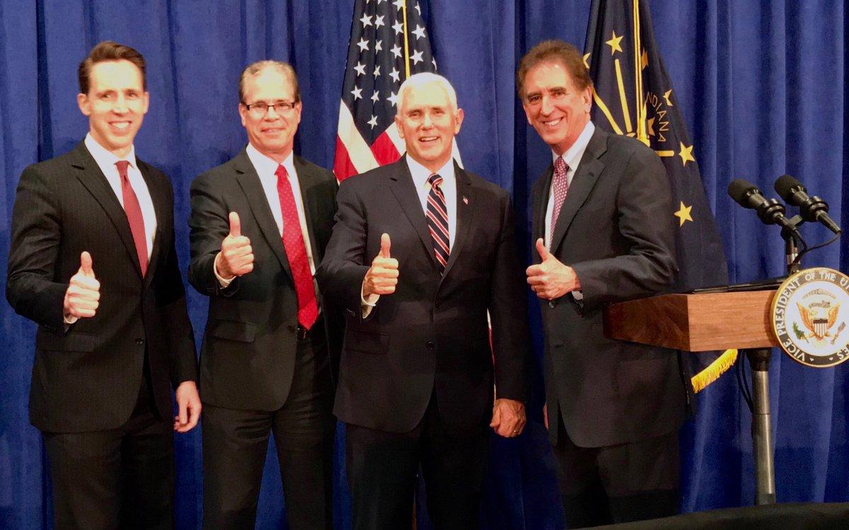 Great to be with 3 future senators last night- @HawleyMO, @braun4indiana, and @JimRenacci! @RealDonaldTrump & I are proud to support Josh Hawley (MO), Mike Braun (IN) & Jim Renacci (OH) & look forward to campaigning & working as we #MAGA! 🇺🇸