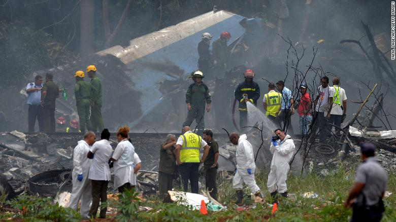 Cuba mourns after more than 100 people were killed in a plane crash https://t.co/wioFZg5SS3 https://t.co/faT1IrboZg