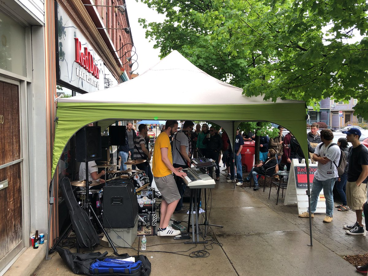 Buffalo Porchfest On Twitter Thespinwires At Red Door Real Estate