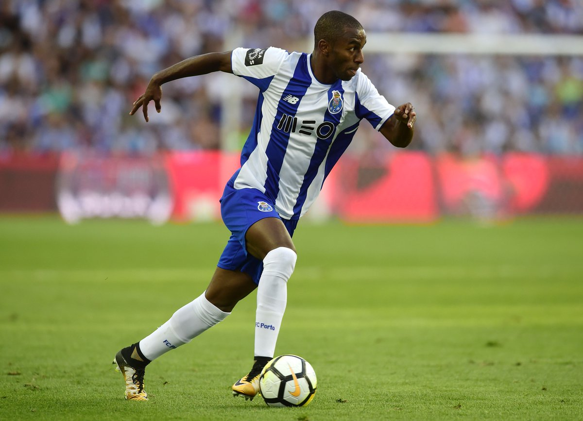 1 - Amongst Portuguese Primeira Liga defenders in 2017-18, Ricardo Pereira ranked joint-first for tackles per 90 (3.9) and first for dribbles completed per 90 (1.9). Foxy.