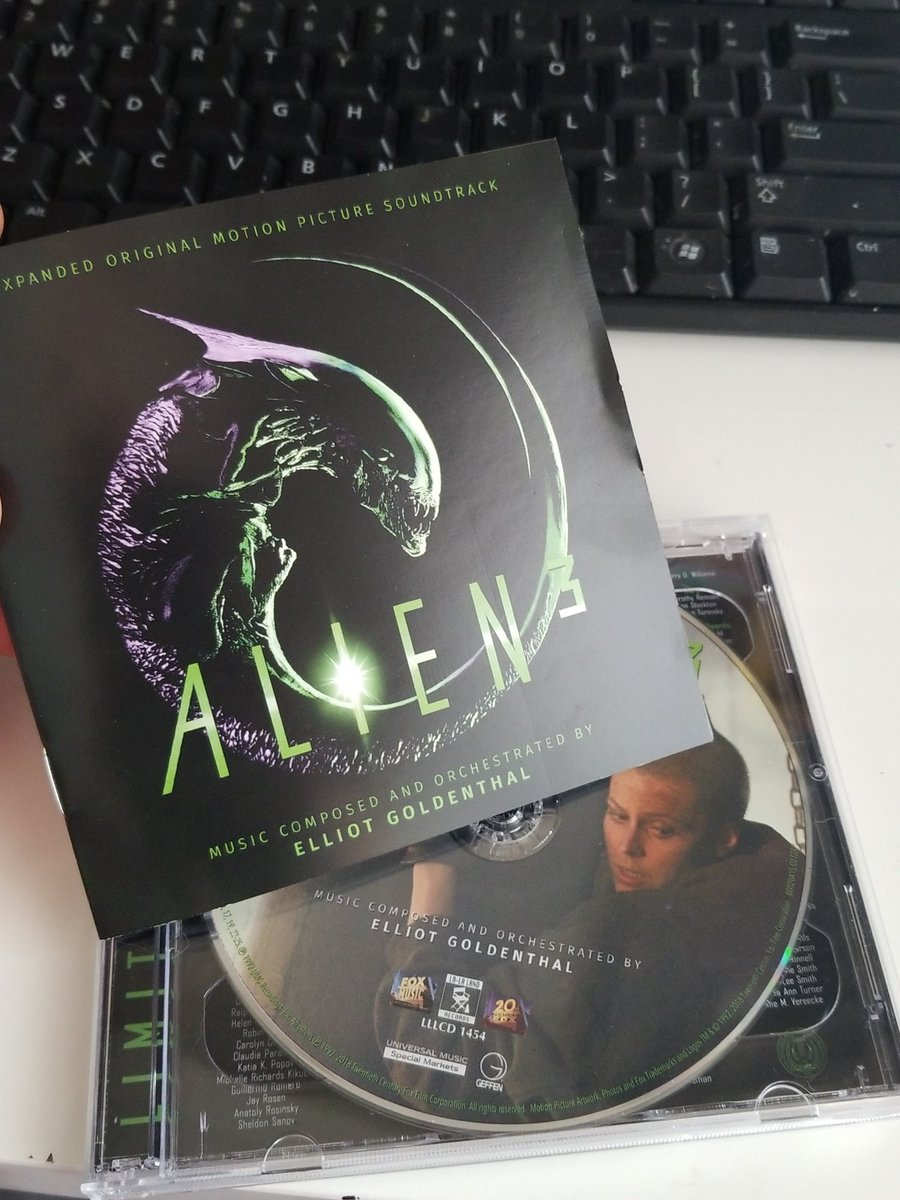 A wonderful underrated score for a wonderful underrated movie. Gonna pop this on while I edit today. Thanks to @nsbulk and @LaLaLandRecords . Check them out for this and other amazing cult and classic soundtracks. @alpha_rookie #alienday2018 #Alien #Aliens #alien3<br>http://pic.twitter.com/XSGawdKCc2