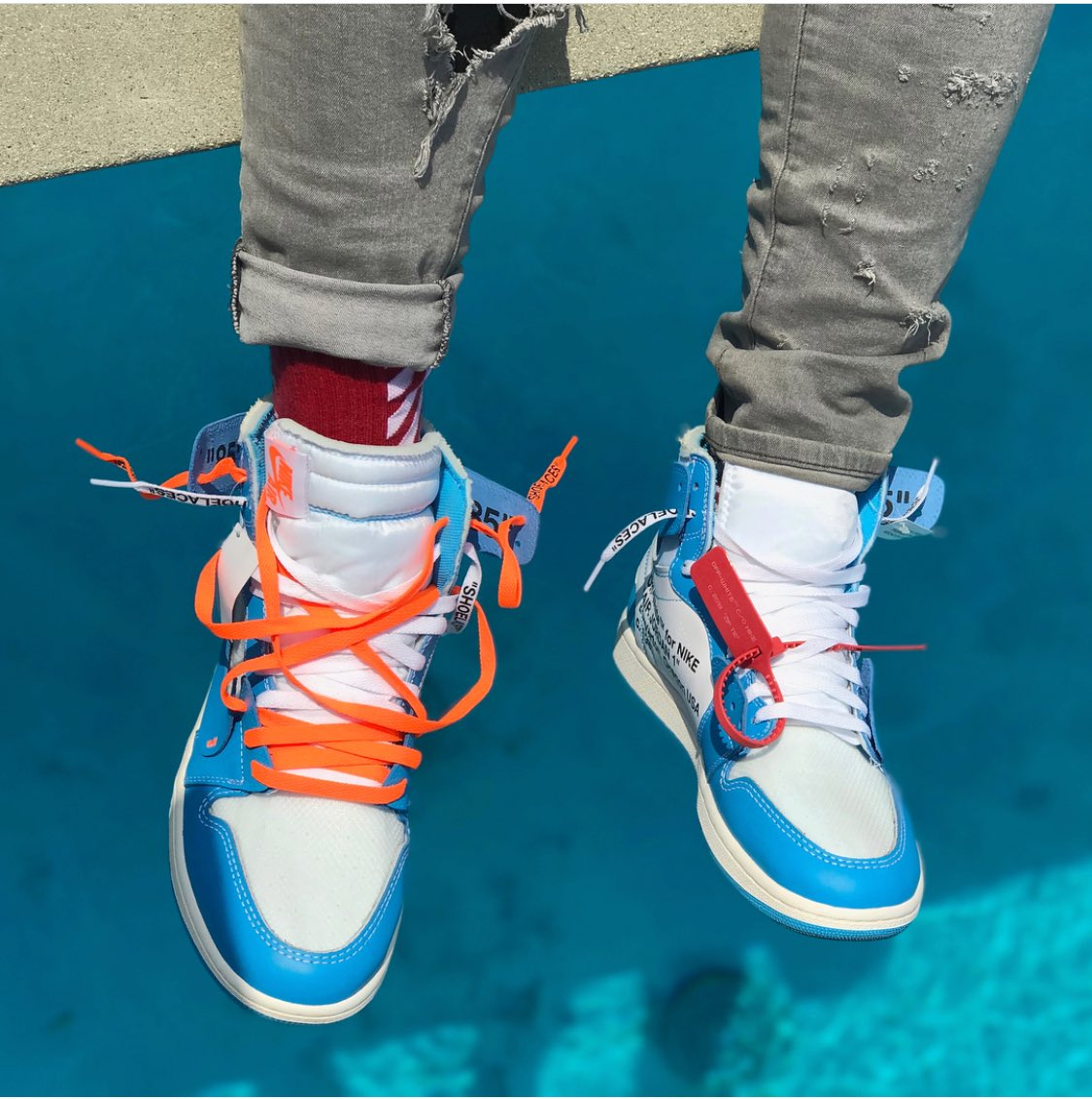 c47594a1ba6 Off-White UNC 1s with the Orange laces 🔥 🔥 🔥 🤤 🤤 pic.twitter.com/WvNlqSxWYh.  4:21 PM - 19 May 2018