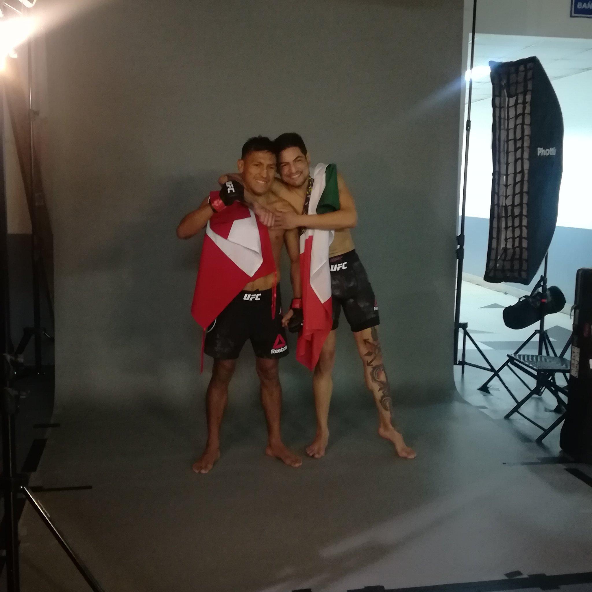 Mᅢᄅxico y Perᅢᄎ disfrutando victorias juntos! ゚ヌᄇ゚ヌᄑ゚ヌᄉ゚ヌᆰ゚ヌᄇ゚ヌᄑ゚ヌᄉ゚ヌᆰ゚ヌᄇ゚ヌᄑ゚ヌᄉ゚ヌᆰ゚ヌᄇ゚ヌᄑ #UFCChile https://t.co/yLhBowLmTj