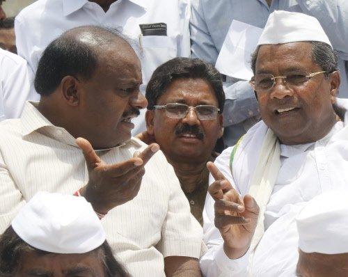 Buoyed by Karnataka, oppn sees federal front taking shape https://t.co/rSPbWK3jD0 https://t.co/JFZrUMCGkQ