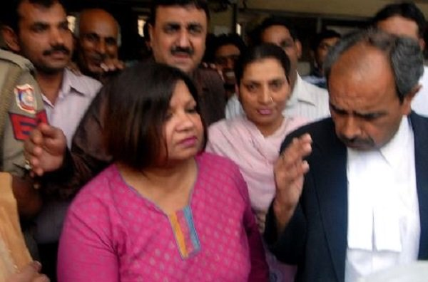 Ex-diplomat gets 3 years' jail for leaking info to ISI https://t.co/9WiwqfzRJx https://t.co/4X9ZQ1Et5H