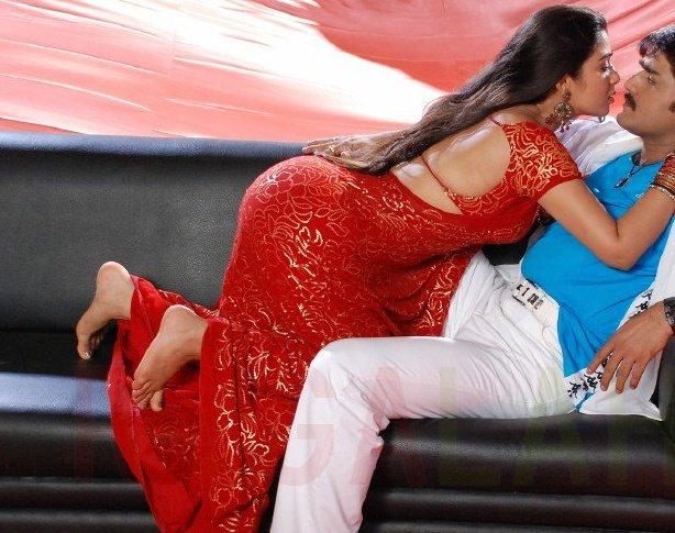 Poonam Kaur Showing Her Sexy Butt In Shirt Photshoot Pics