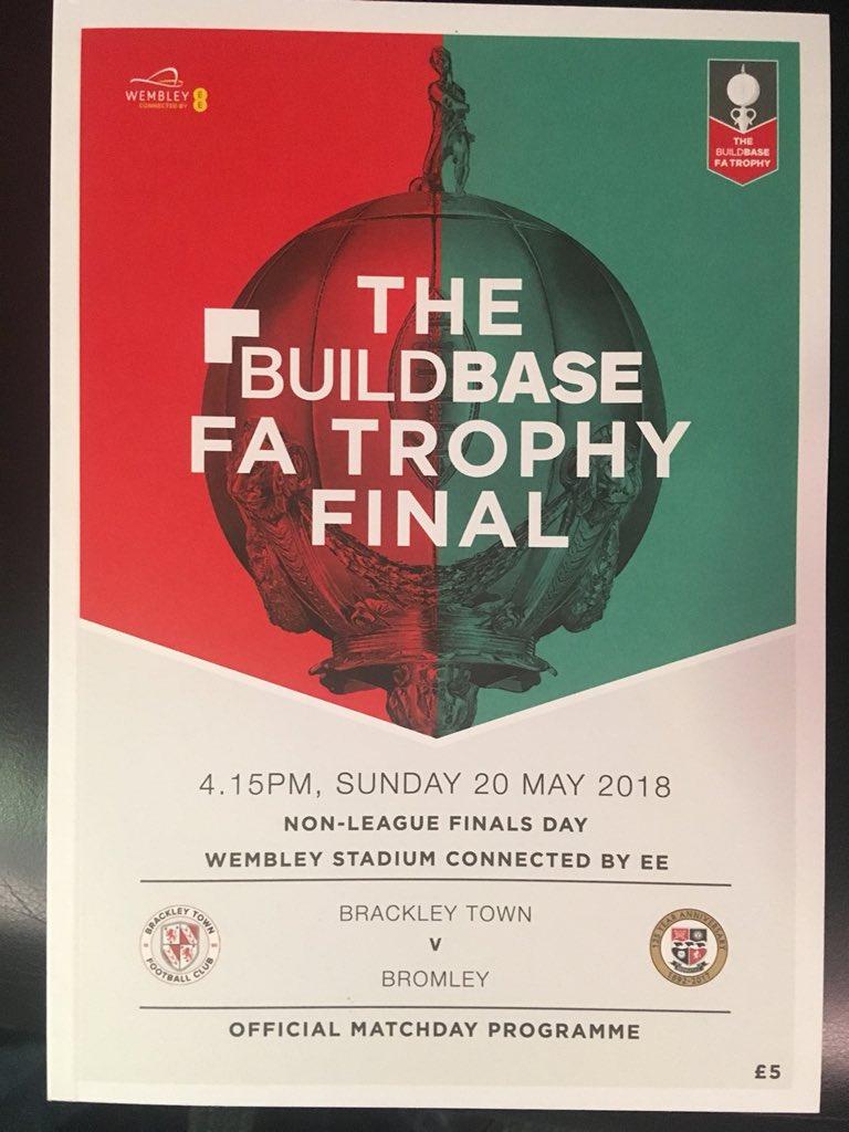 Wembley Stadium  @talkSPORT2  FA Trophy Final LIVE Brackley v Bromley  Kick off 4.15pm  @sammyparkin_  @TonyIncenzo  @Windle22radio   Listen on DAB, via the @talkSPORT2 app or online at tlks.pt/2ListenLive🎙📻📱