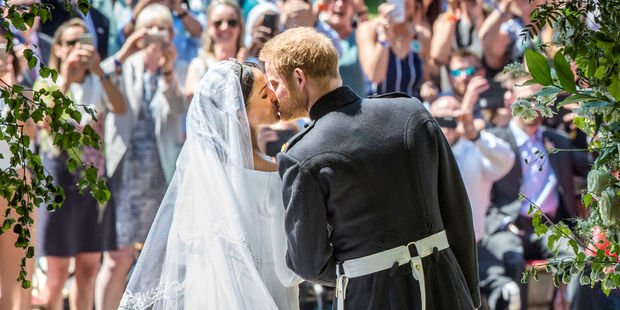 Au Royaume-Uni, être reporter à la cour, cest le bon filon #RoyalWedding lejdd.fr/international/…