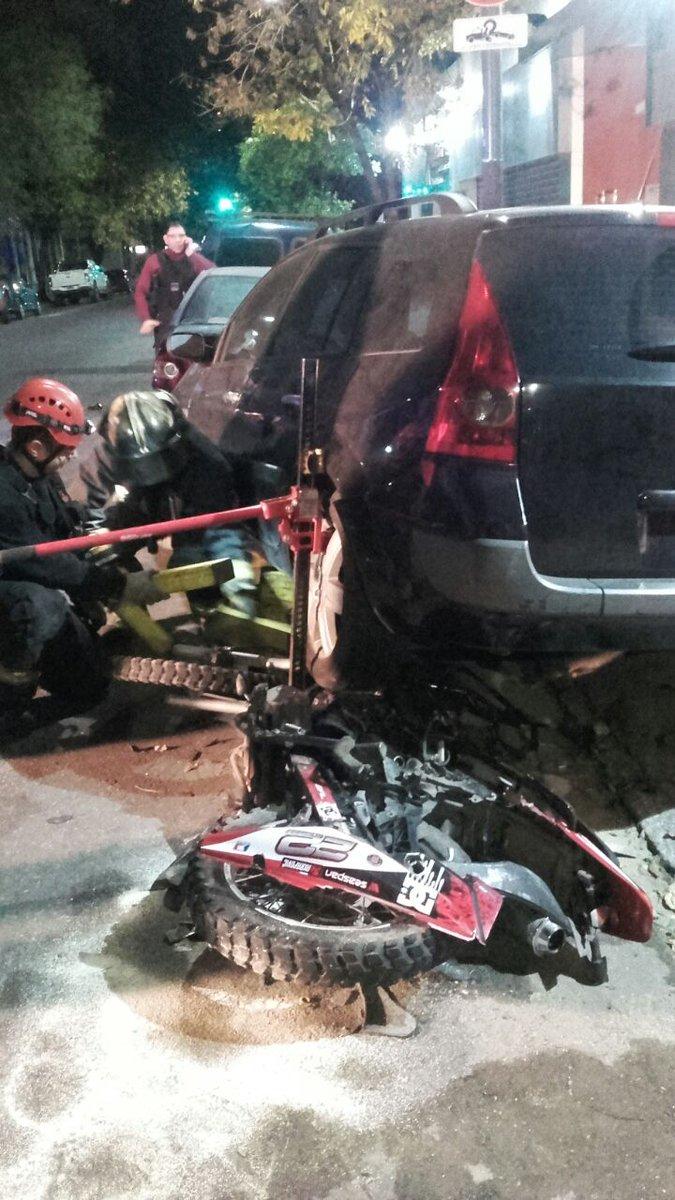 Una mujer atropelló y mató al motochorro que le había robado el celular