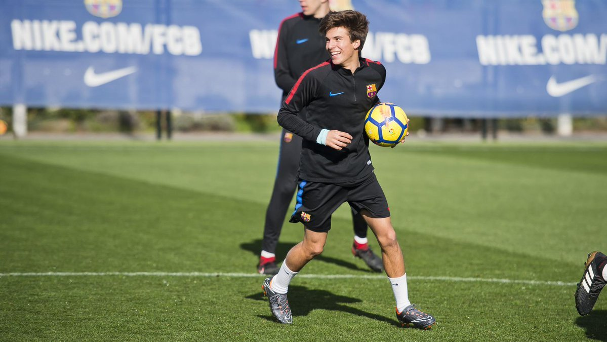 The Daily Mail understand Tottenham Hotspur are close to agreeing a deal to sign Barcelona teenage midfielder Riqui Puig. #THFC