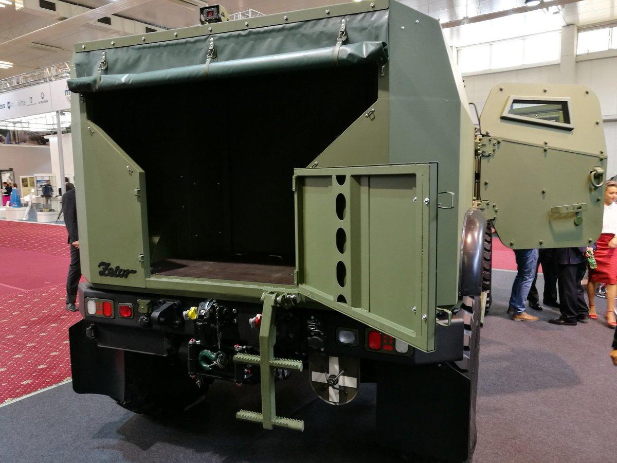 شركة Zetor الهندسيه التشيكيه تكشف عن العربه المدرعه  Gerlach  DdoayvjV0AAfgDw