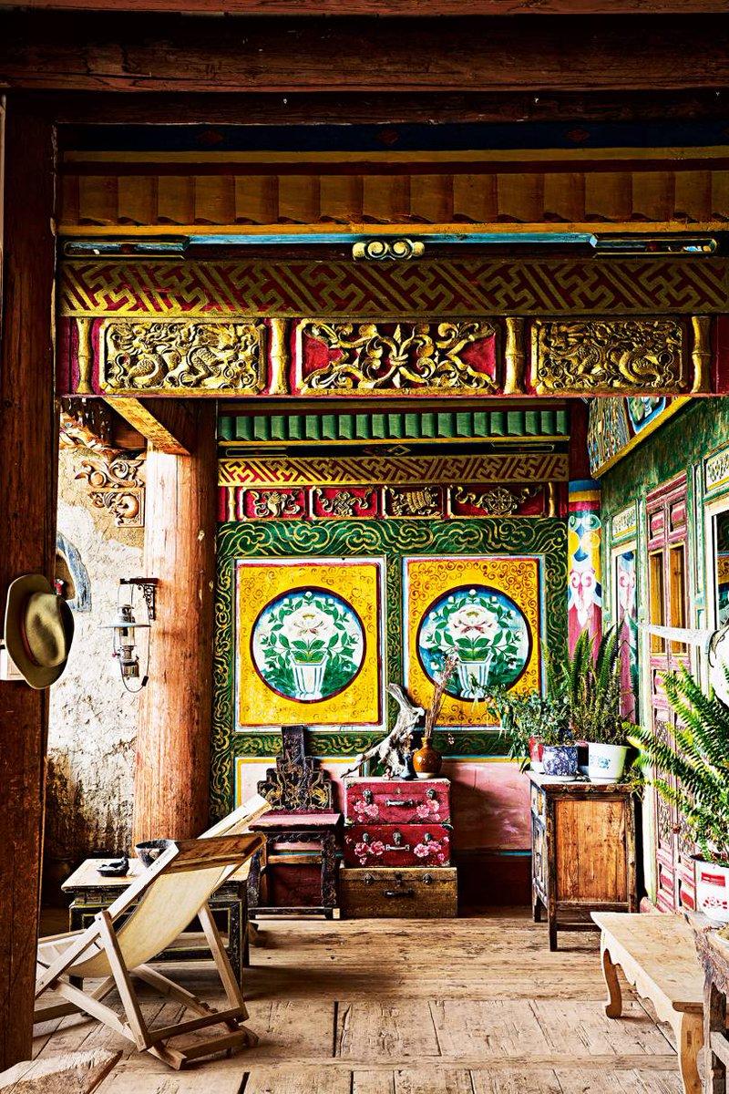 Follow the trail of 10th-century tea merchants on a mule-led trek high in the craggy Tibetan plateau, where little has changed in 1,000 years ago  An epic trek across the Himalayas  https:// buff.ly/2J0fTRY  &nbsp;   #Himalayas #Tibetan #travelbloggers #tea #adventure #mule #trekking<br>http://pic.twitter.com/iSV1GYSG5F