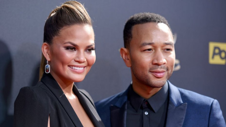 Chrissy Teigen, John Legend welcome son Miles Theodore Stephens https://t.co/sFrXbZvIpR