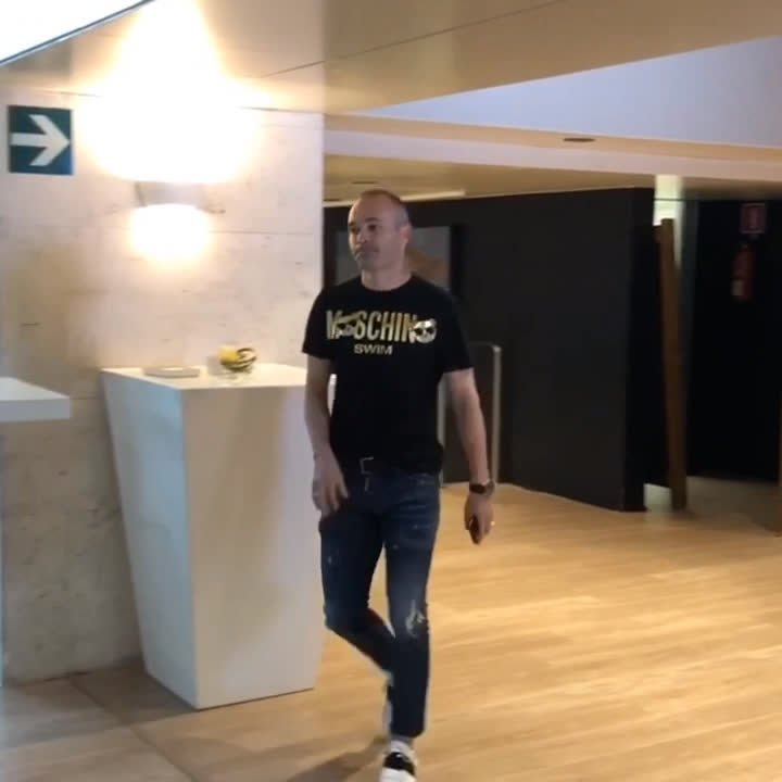 �� Camp Nou �� @andresiniesta8  �� #infinit8iniesta https://t.co/E8mRBJWg6q