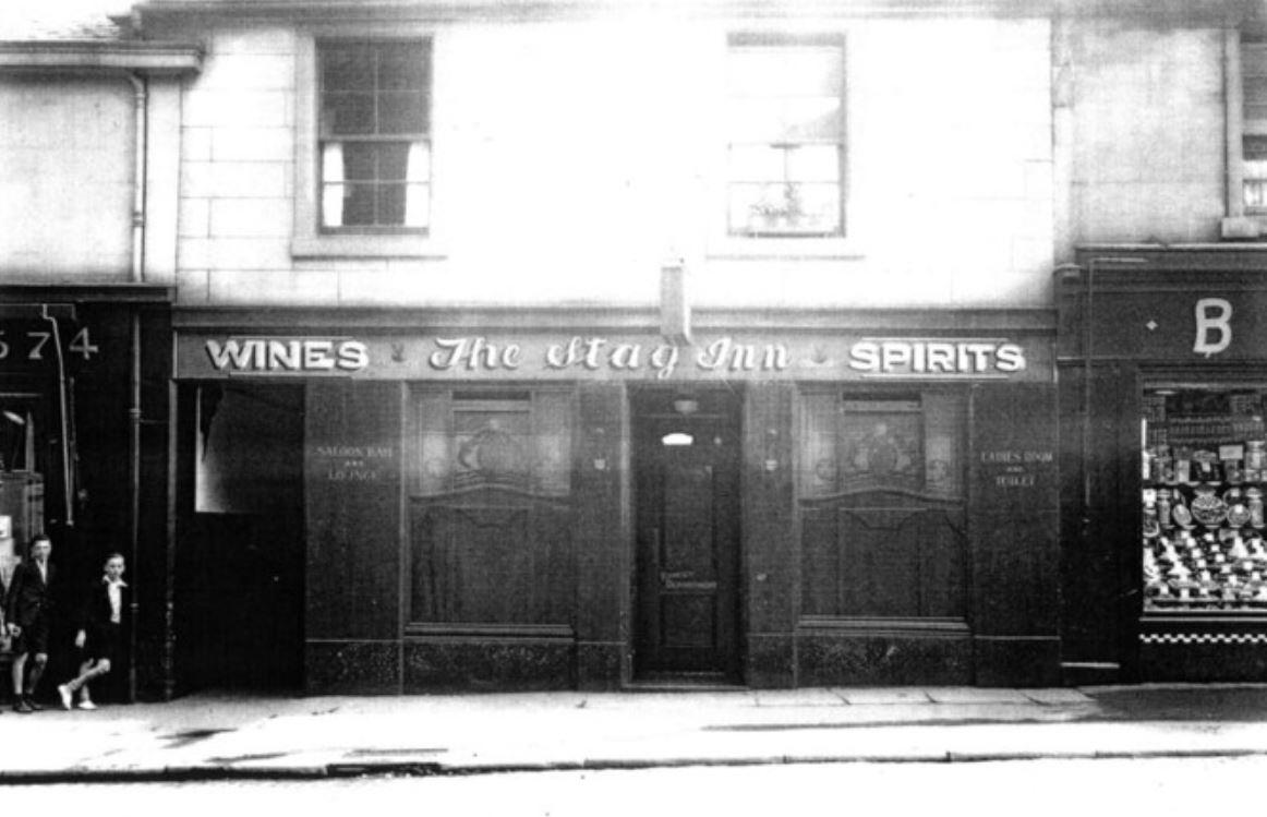 #Shoap - The Stag Inn, Springburn Rd, #Glasgow, 1938. (Springburn Library) <br>http://pic.twitter.com/dunEzm6Ut7