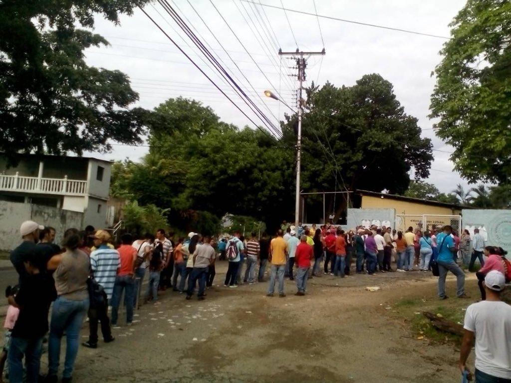 Tag orlandofiguera en El Foro Militar de Venezuela  DdpiHVsVMAAFmHL