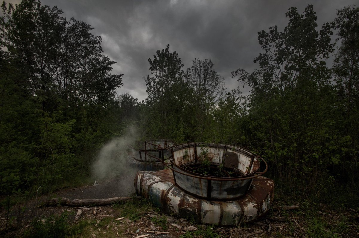 Seph Lawless On Twitter Chippewa Lake Park Is An Abandoned Theme Park In Chippewa Lake Ohio It Operated From 1878 Through 1978 Today Its Rides Are All Left Untouched Where They Have