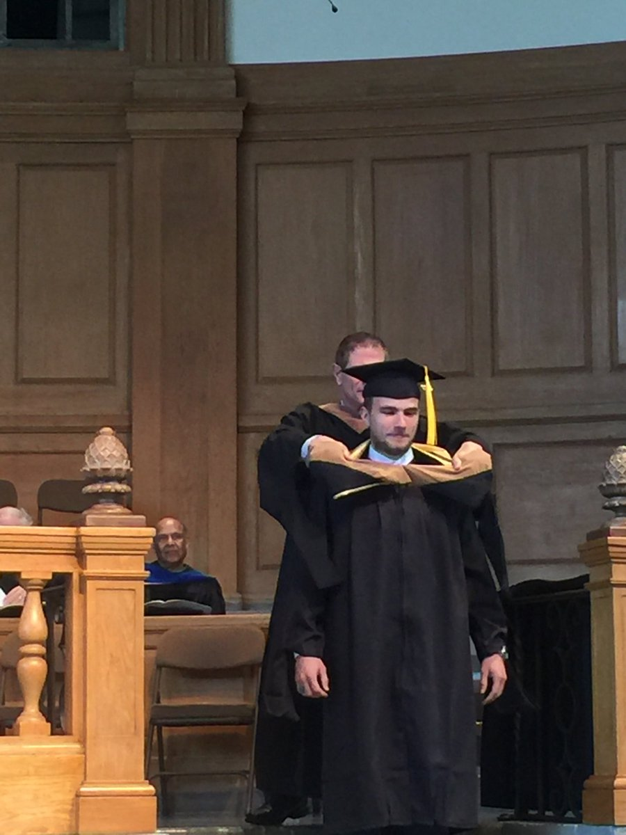 @lcp93 Lucas Prillaman hooded @WakeForestBiz MB Accounting.  Congrats.