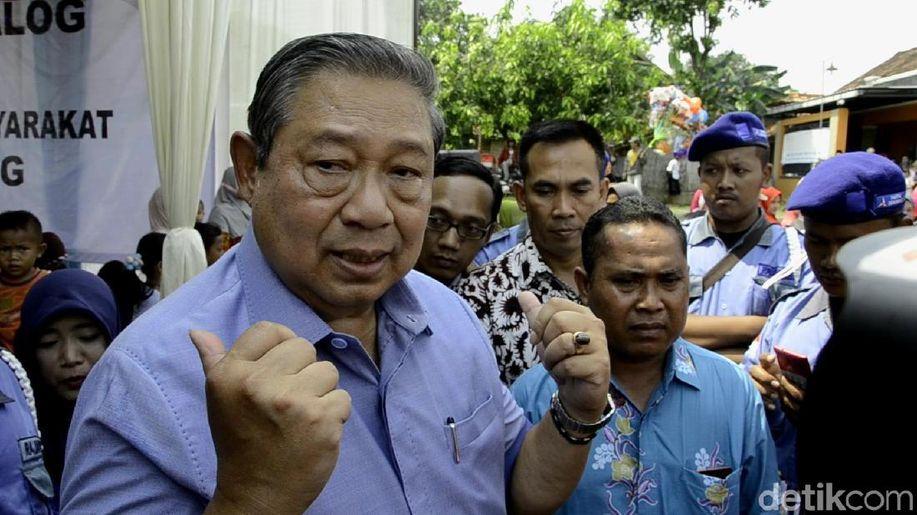 Peringati Harkitnas, SBY: Kita Bangsa Besar, Bukan Keledai https://t.co/yYtFLjVJ74 https://t.co/IiBkSfUwJL