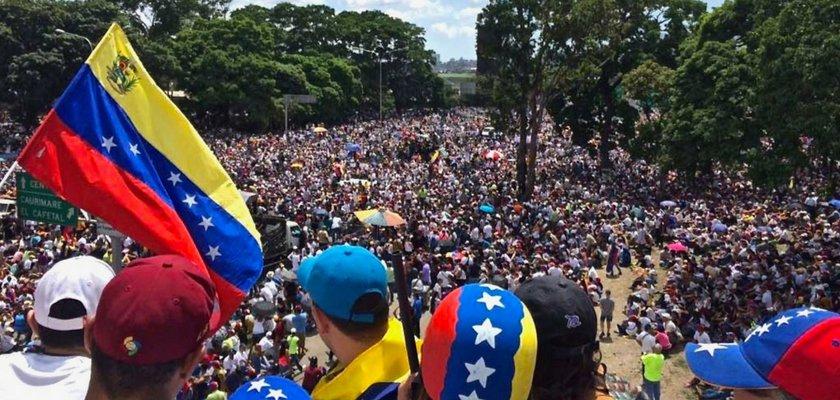 The US Is Definitely 'Meddling' In The Venezuelan Election https://t.co/vZ3ypEdpf7
