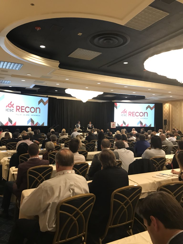 Full house at the #cretech and @fifthwallvc session with @m_beckerman and @BrendanFWallace at #ICSCRecon! Huge shout out to the amazing @Icsc team!  #retail #cre #commercialrealestate<br>http://pic.twitter.com/vQUvmGP817