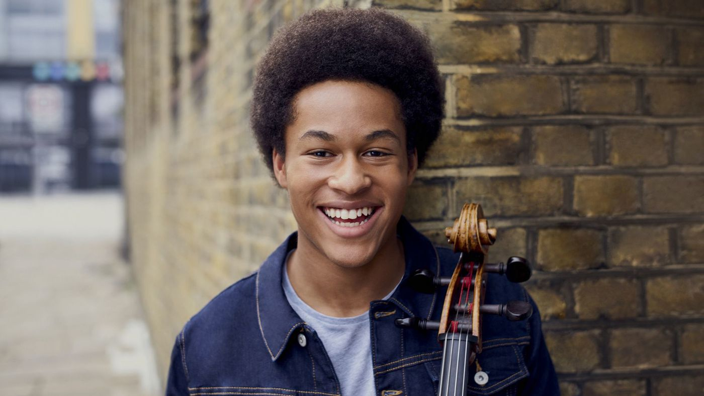 Meet Sheku Kanneh-Mason, the 19-year-old cellist who played at the Royal Wedding https://t.co/NC6pA2dzkM https://t.co/eNSyjt4Sdt