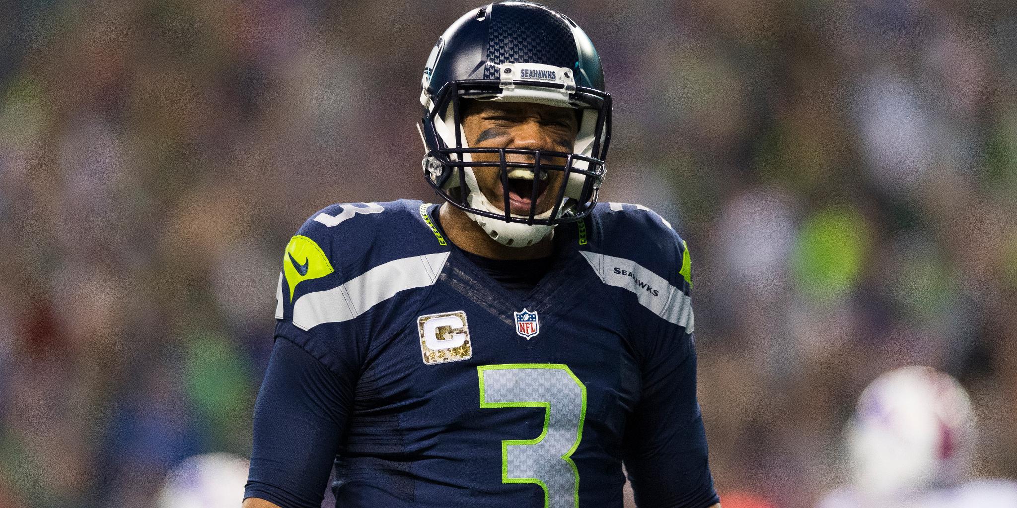 9 NFL stars who carry their teams like @KingJames: https://t.co/3NAVbnusTl (via @AdamSchein) https://t.co/nK6aGAHh4x