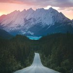 Image for the Tweet beginning: Nothing but endless mountain views.  Photo