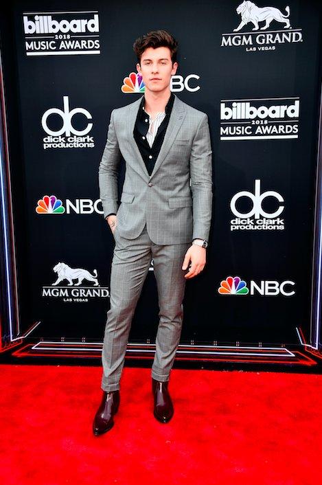 Shawn Mendes is l👀kin' goooood! #BBMAs