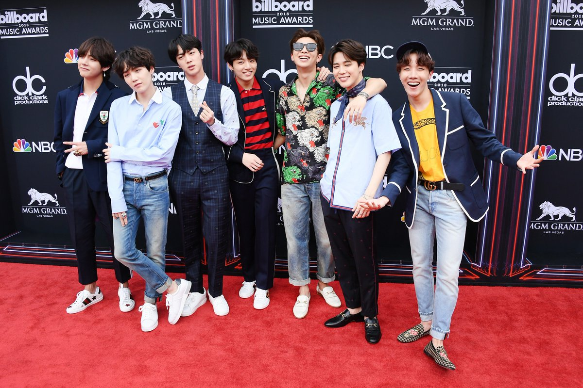 I love seven (7) style icons 💫 @BTS_twt #BBMAs