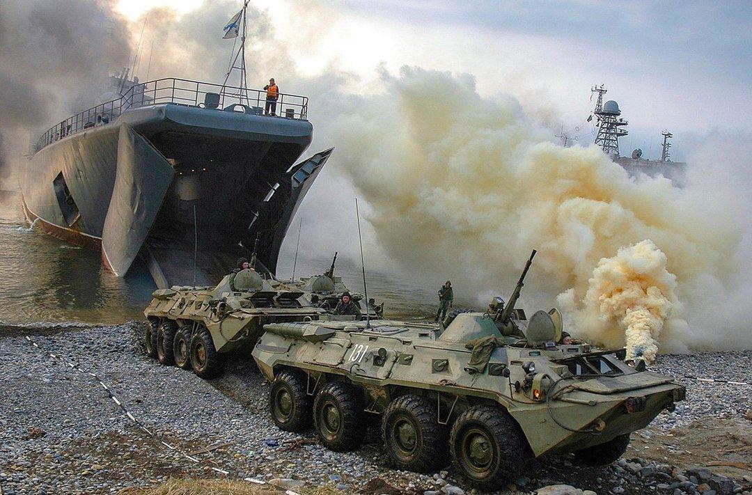 Высадка морской пехоты Тихоокеанского флота на дальневосточном полигоне #Минобороны #ТОФ #Десант #Учения #Праздники