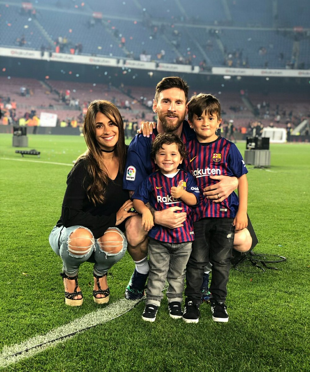 Image result for lionel messi with family