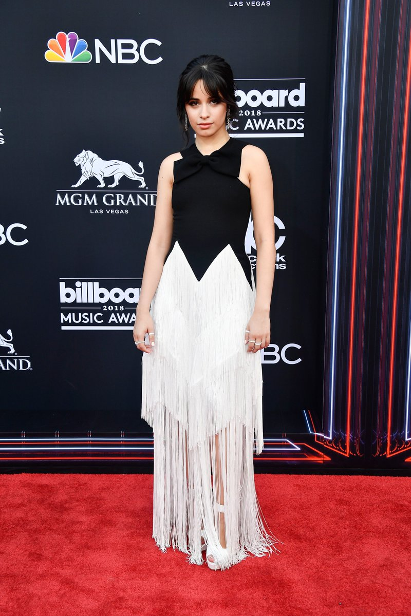 Simply gorgeous! @Camila_Cabello looks stunning at the #BBMAs https://t.co/tOCZU2NZyQ
