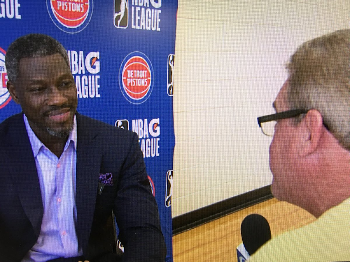 .@Fear_DaFro in GR!  We're one-on-one with former @DetroitPistons great and now @grdleague owner Ben Wallace tonight on Sports Overtime at 11:30 o@WOODTVn@larryfigurski