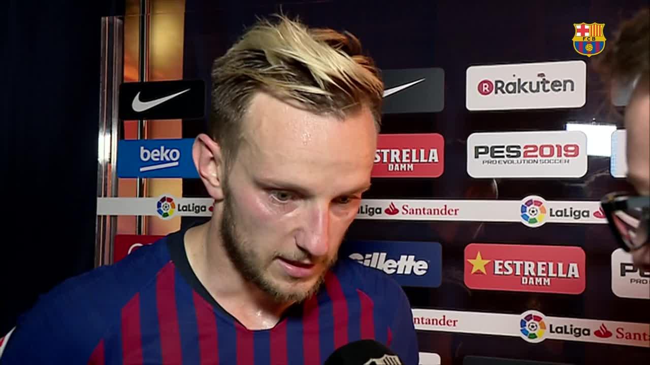 The boss and @ivanrakitic on an emotional night at Camp Nou #infinit8iniesta https://t.co/JPim1lkBru