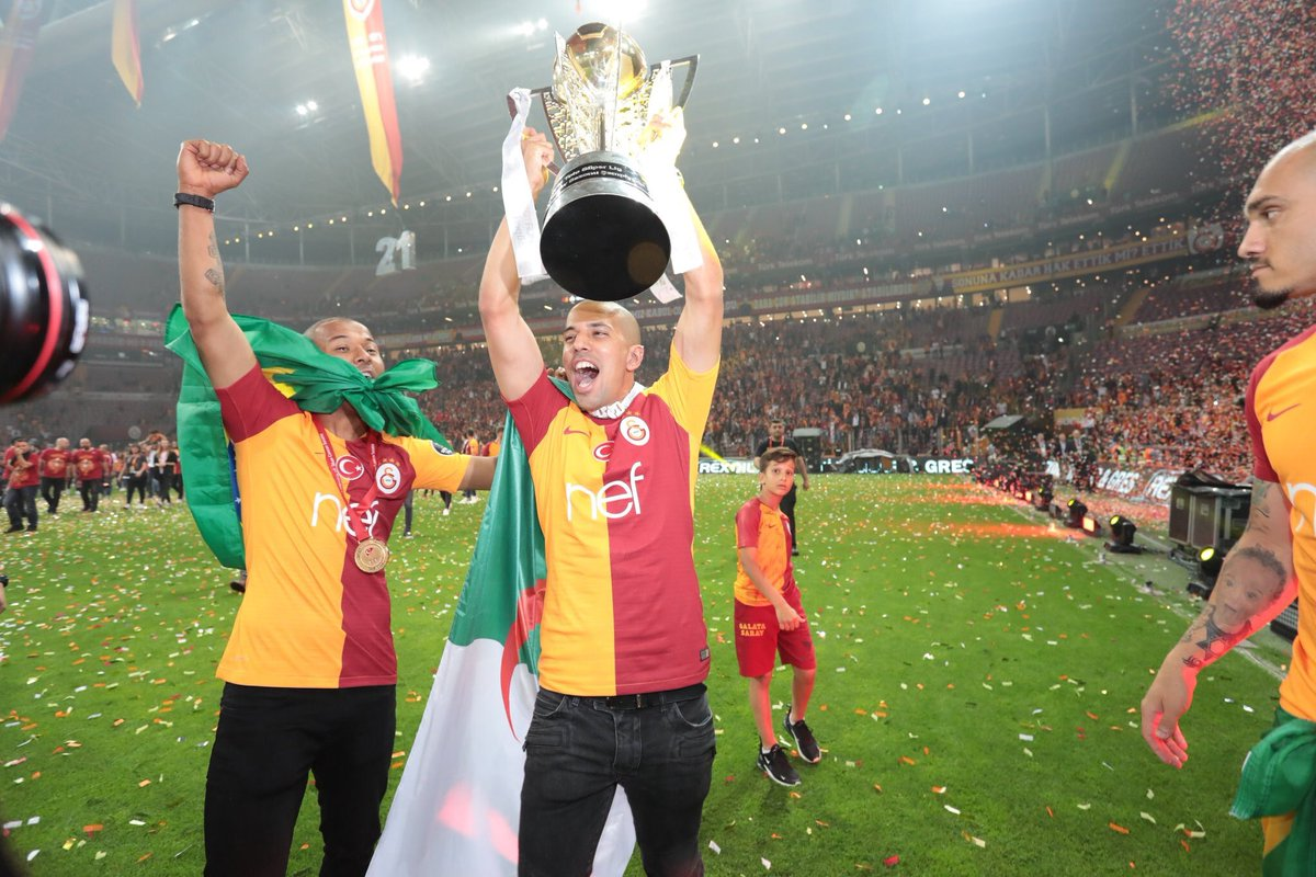 🏆🥇⚽️🙏🏼🇩🇿🇹🇷@GalatasaraySK @Galatasaray #algeria #türkiye #istanbul #hedef21💛❤️🦁⭐️⭐️⭐️⭐️