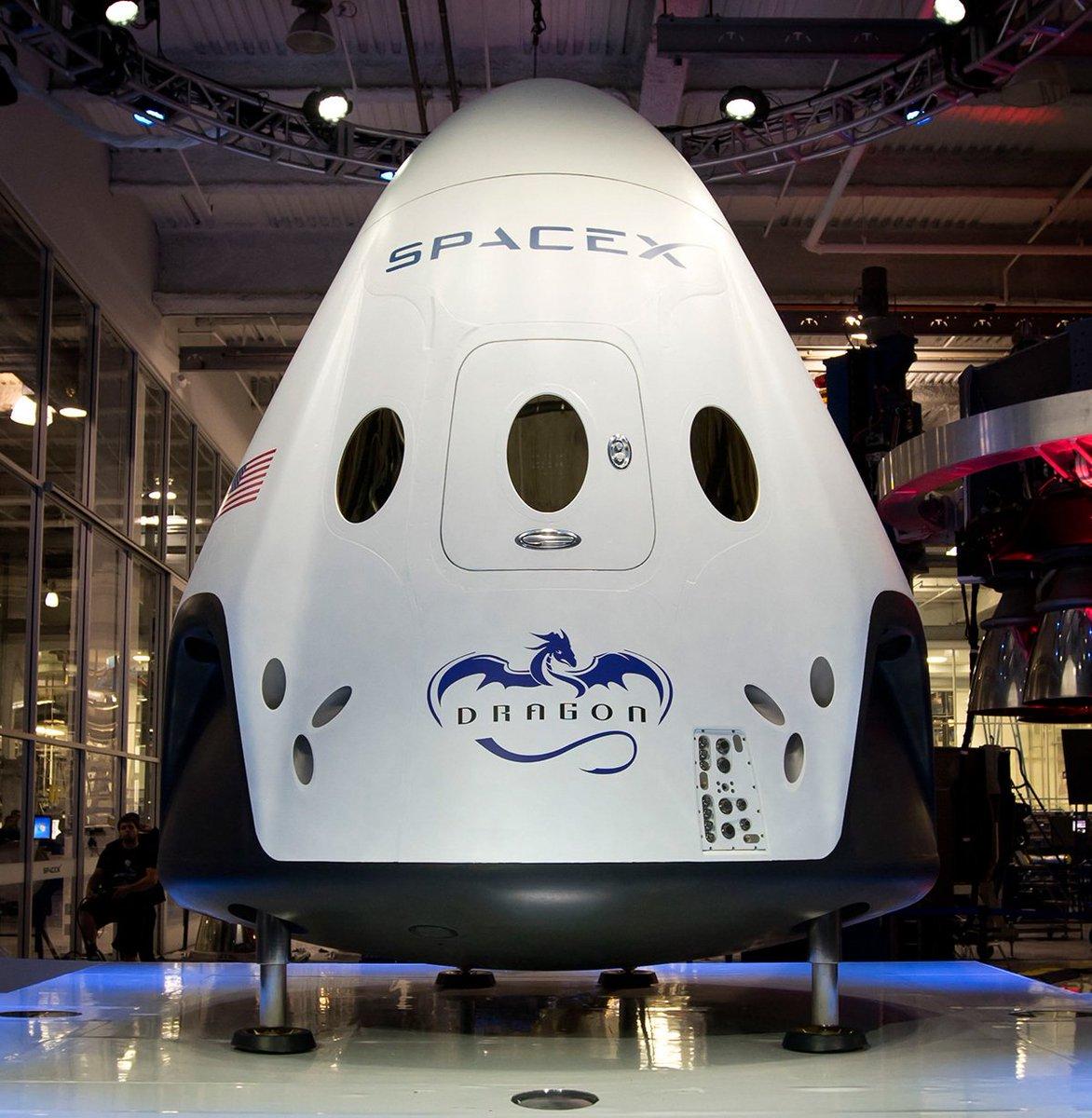 Falcon 9 (Dragon 2 Demo-1) - KSC - 02.03.2019 DdtRa1VVQAAq30K