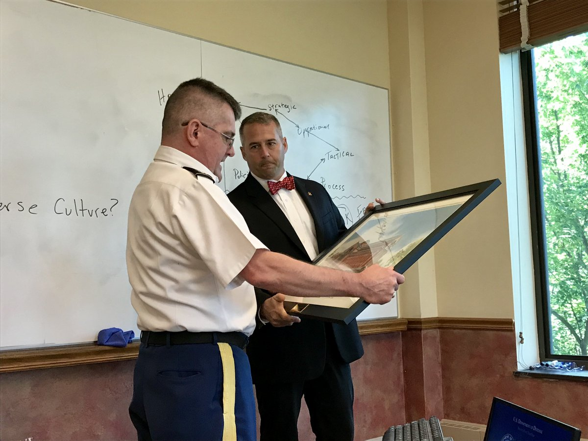 Congrats to @USArmy @Missouri_NG COL Dan Frickenschmidt on a successful career. The members of his Last Seminar at the National War College were grateful for the energy, experience, and enthusiasm he shared with us every day. His next adventure: Retirement! @NWC_NDU