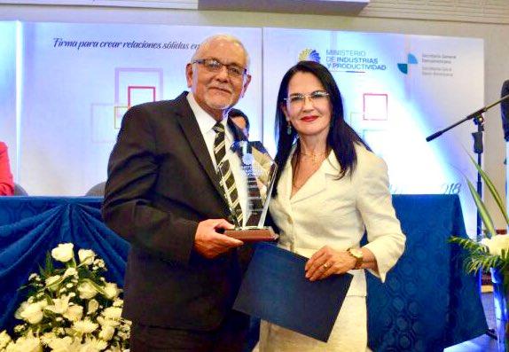 [BOLETÍN] El Mipro reconoce labor de empresas ecuatorianas en el Primer Foro Empresarial Andino 2018. #MejoresPrácticasEmpresariales Conoce los detalles 👉🏼 https://bit.ly/2rWlpis