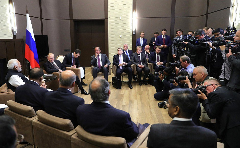 #Sochi: Meeting with Prime Minister of India Narendra Modi bit.ly/2kbQlH3