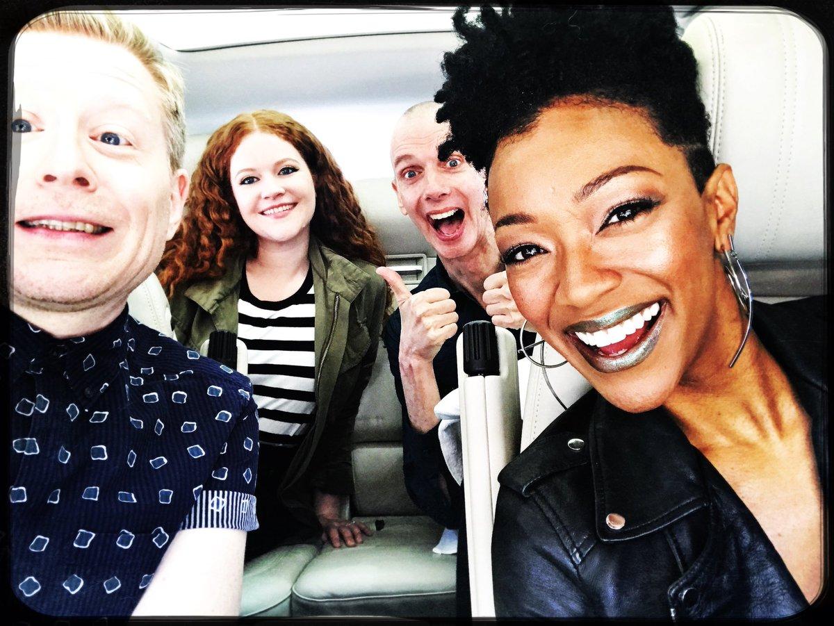 Look! We are shooting an episode of @carpoolkaraoke #StarfleetKaraoke #DiscoKaraoke<br>http://pic.twitter.com/kYyAt5ttpd