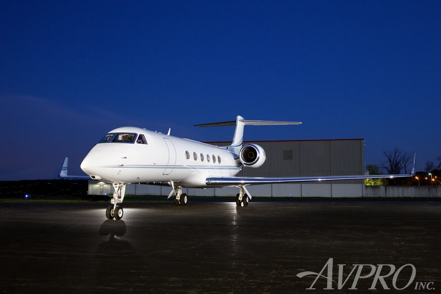 2001 #Gulfstream GV Make Offer →  http:// ow.ly/gxpd30k6FmW  &nbsp;   • Outstanding 2 U.S. Owner Pedigree • Next Gen Upgrades • 192 Month Inspection c/w August 2017 at GAC • Engines on RRCC • Turn-Key Management / #Part135 #Charter Opportunity #jetsforsale #aircraftforsale <br>http://pic.twitter.com/JEVfmx0xLk