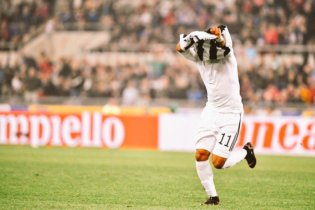Douglas Costa est le joueur qui a réussi le plus de dribbles en Serie A cette saison (106), très belle stat sachant qu'il n'a pas été titulaire de suite à la Juventus   - FestivalFocus