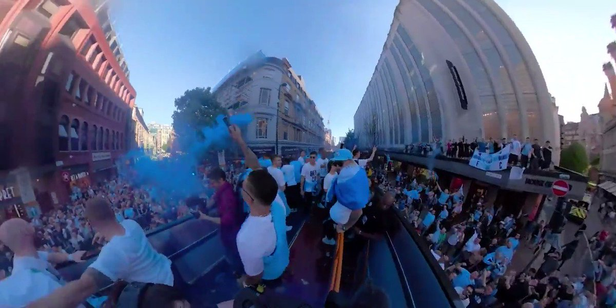 Partying through the streets of Manchester this time last week! 🙌 #mancity #CENTURIONS