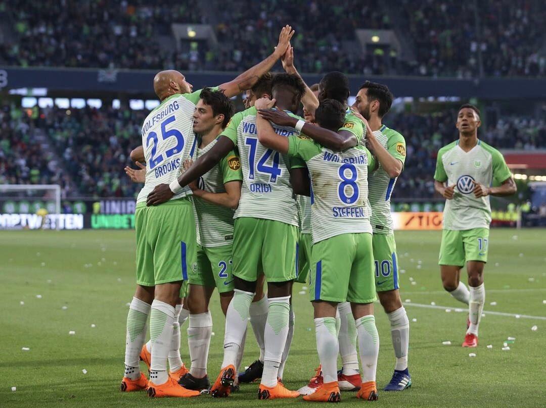 OFFICIEL✅  Wolfsburg se maintient en Bundesliga après avoir remporté les  barrages face à Kiel.🇩🇪
