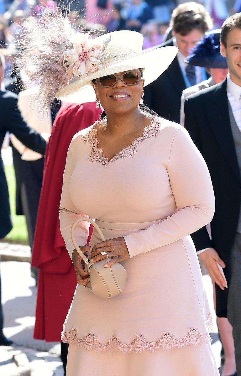 The Talk On Twitter Oprah Winfrey Changed Her Royal Wedding Dress Overnight Bc It Looked Too White Have You Ever Had Wardrobe Drama