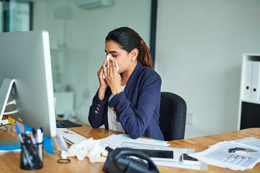 What Going to Work Sick Says About You  https:// buff.ly/2KKcI1L  &nbsp;   #businesspsychology #workplace #MentalHealthAwareness #MondayMorning #IKnewIWasSickWhen<br>http://pic.twitter.com/0R1pvj6Tmp