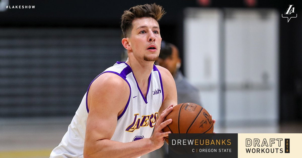 Working out for the #LakeShow today, @BeaverMBB center Drew Eubanks https://t.co/YLYOSTp67Q